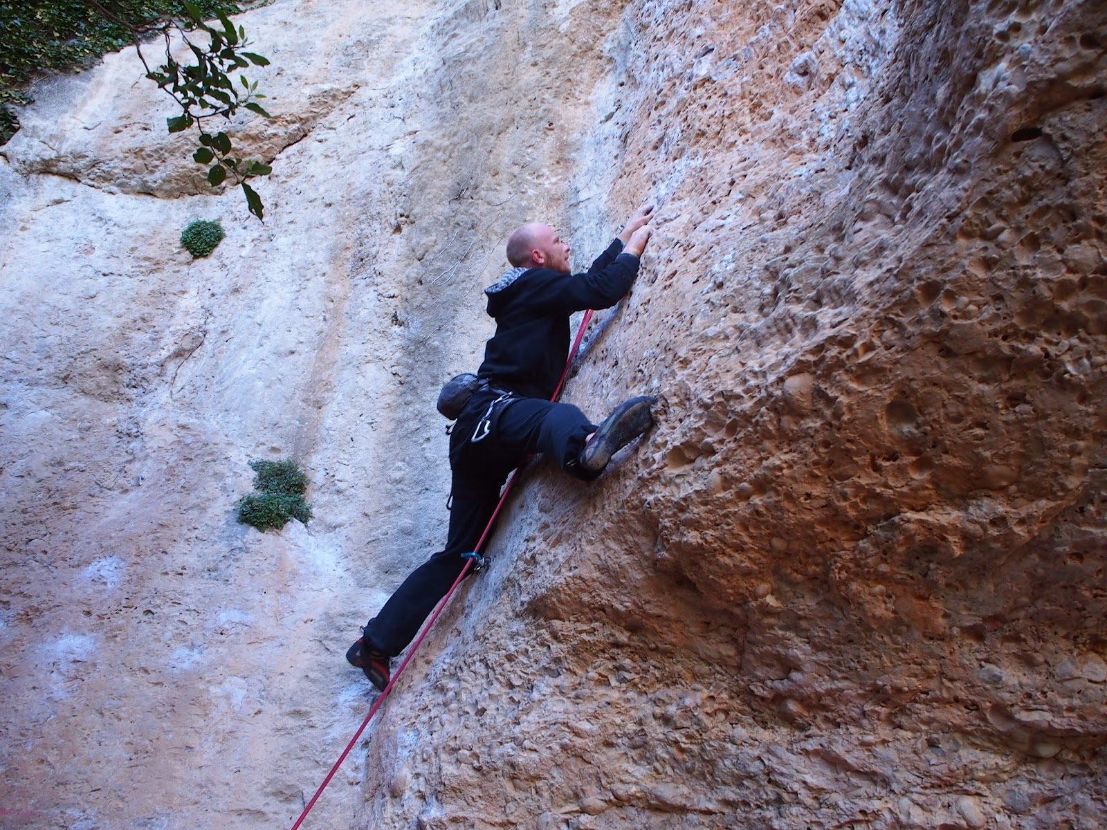 Mykolas easily moving on a strange 6b in Margalef