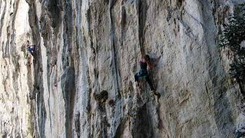 "My wife fighting with ""Cinderella man"" (7c) at Rumenes"