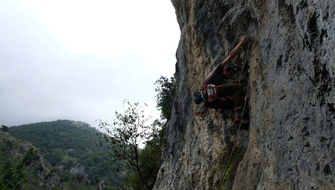 Yours truly on Princesa Deva (7a) at rainy Estraguena