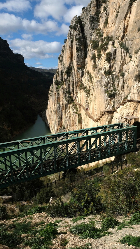 Caminito del Rey and train tracks to Makinodromo